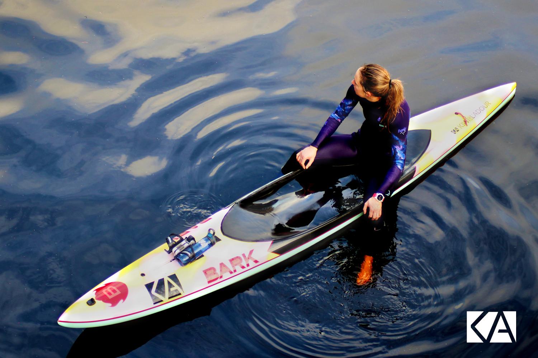 Sandrine, prone-paddle avec le Kiwi de l'Adour