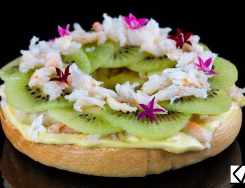 Fondant bagel Kiwi de l'Adour, crabe et mayonnaise